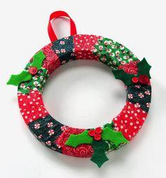 Como Fazer Guirlanda De Natal Com Retalhos De Tecido. Easy Christmas Crafts Diy ...