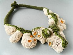 Crochet necklace ( cotton, fabric, glass beads ). Lidia Puica 2013