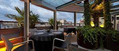 Terraza del Hotel Claris, en Barcelona. Restaurante con vistas a la ciudad. Un lujo!