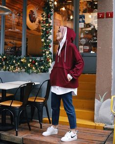 Image may contain: 1 person, standing and shoes – Hijab Clothing – Hijab Fashion 2020 Modern Hijab Fashion, Street Hijab Fashion, Muslim Fashion, Modest Fashion, Fashion Outfits, Style Fashion, Hijab Casual, Hijab Chic, Modest Dresses