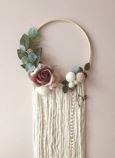 dream catcher Boho Dreamcatcher - Custom To Order Make your wall beautiful with this soft and boho dreamcatcher! Perfect for any room! The base is a natural wood hoop made of artificial Princess Nursery, Yarn Wall Art, Diy Fall Wreath, Floral Hoops, Dream Catcher Boho, Idee Diy, Nursery Decor, Wall Decor, Diy And Crafts