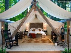 Such a great idea! Glamping tent cabins you can rent in Washington state near Seattle. lol im not a glamping kinda girl! i would rather go glamping than stay in a regular hotel. Camping Glamping, Luxury Camping, Luxury Tents, Glam Camping, Romantic Camping, Camping Trailers, Camping Gear, Bungalow, Outdoor Living