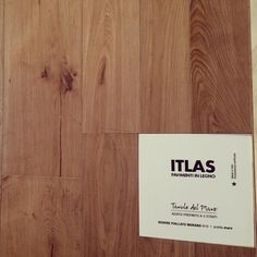 Il parquet di Itlas... #love #instagood #me #tbt #follow #cute #photooftheday #happy #followme #tagsforlikes #architecture #design #interiordesign #decoration #interior #interiordecoration #rovere #parquet #oak #madeinitaly #fattoinitalia #quality