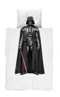 Snurk® dekbedovertrek Darth Vader. LIMITED EDITION - Ga jij uit je dak als je Star Wars nog maar ziet of hoort? Goed nieuws! Binnenkort slaap jij met Darth Vader in bed. Ook beschikbaar voor een 2-persoonsbed. #starwars #dekbedovertrek #kidsroom