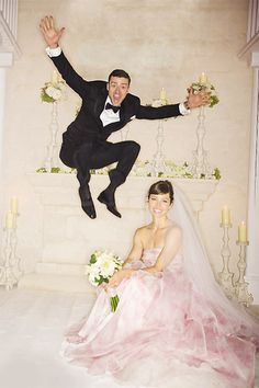 I just love this photo! Great idea Justin Timberlake and Jessica Beil