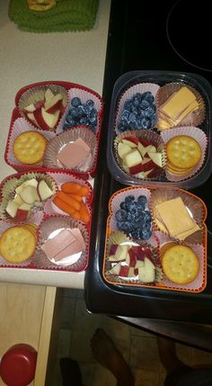 Diy lunchables in easylunchboxes easy lunch box lunches grown updo it yourself lunchables lunch ideas solutioingenieria Image collections