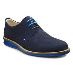 Shop mens shoes - ECCO Contoured Plain Toe Tie at ECCO USA. These shoes from our mens collection are perfect for men looking for formal shoes. Ecco US Online Store Golf Shoes, Men's Shoes, Shoe Boots, Dress Shoes, Kids Sneakers, Formal Shoes, Hiking Shoes, Men's Collection, Comfortable Shoes