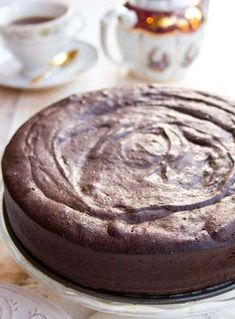 This easy 5 ingredient keto chocolate cake is to die for! It is incredibly moist, rich and chocolatey and comes in at only 2.5 net carbs per slice. The recipe is low carb, sugar free and gluten free. #chocolatecake #ketochocolatecake Low Carb Sweets, Low Carb Desserts, Low Carb Recipes, Dessert Recipes, Healthy Recipes, Cookie Recipes, Skinny Recipes, Diet Recipes, Keto Cake