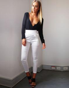 Mists, White Jeans, Boutique, My Style, Fashion, Fashion Styles, Fashion Illustrations, Trendy Fashion, Moda