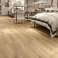 Project: The White Company Product: Venture Plank Amendo Rustic Grade Code: HW961 #thewhitecompany #MiltonKeynes #VenturePlank #Havwoods #HavwoodsFlooring #EngineeredWoodFlooring #Commercial #CommercialPhotography #Inspiration #Wood #Flooring #WoodFloorin
