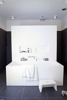 White + black bath and shower