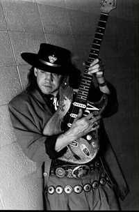 Stevie Ray Vaughan~October 1954 – August Best ever Texas Blues. Stevie Ray Vaughan, Eric Clapton, We Will Rock You, Blues Rock, Cool Guitar, Srv Guitar, Music Stuff, Rock Music, Music Music