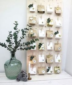 Instead of buying an Advent calendar, make it yourself! Get inspired with our selection of 15 Advent calendar ideas. Homemade Advent Calendars, Wooden Advent Calendar, Diy Calendar, Calendar Design, Calendar Board, Christmas Calendar, Christmas Countdown, Christmas Time, Christmas Crafts