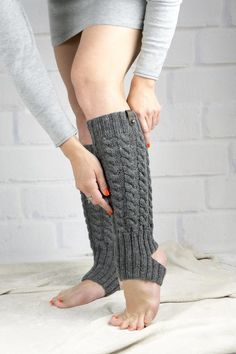 Dance Yoga Ballet Long Cable Legwarmers Hand Knit Leg Warmers Gray Color For Girls Or Teen Winter Warm Wool Boot Socks Cuffs Womens Gift - Dance Leotards Hunter Boots Outfit, Crochet Leg Warmers, Timberland Style, Timberland Fashion, Best Gifts For Her, Fashionable Snow Boots, Teenager, Boot Socks, Everyday Fashion