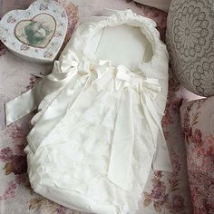 Diy Crafts - Baby Sleeping Bag, Baby Coming Home Newborn Sleeping Bag, Baby Cocoon, Baby Nest, Girl Christening, Baby Gown, Sleep Sacks, Baby Coming, Home Outfit, Pretty Baby