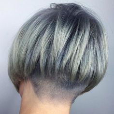 Stacked Bob with Side Bang - 70 Best A-Line Bob Haircuts Screaming with Class and Style - The Trending Hairstyle Inverted Bob Hairstyles, Stacked Bob Hairstyles, Short Hairstyles For Women, Woman Hairstyles, Medium Hair Styles, Short Hair Styles, A Line Hair, Line Bob Haircut, Angled Bobs