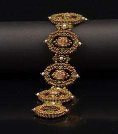 Bracelet by Nancy Dale of NEDbeads