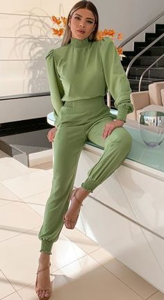 Complete Outfits, Jean Outfits, Scrubs, Diana, Hair Beauty, Jumpsuit, Poses, Formal, My Style