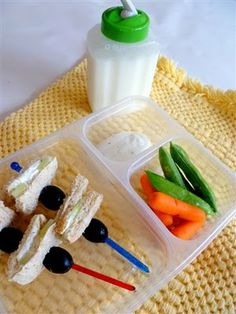 Great ideas for packing kids' lunches.