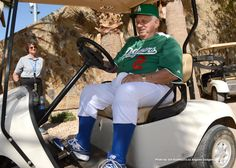 Check out Tommy O'Lasorda and the Boys in Green in yesterday's #Dodgers Photo Blog: http://atmlb.com/115kJBV  pic.twitter.com/T5HBNxO8KH