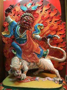 Grande Guru Rinpoche - Padmasambhava, em sua forma Dorje Drollo, a Suprema Forma, Manifestação, para domar os seres que precisam ser pacificados!