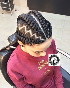Who can resist the magnificent patterns of the Ghana braids?