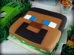 Steve Minecraft Cake | CatchMyParty.com