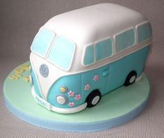 VW bus cake. I'm so doing this some day!
