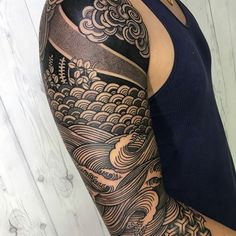 Arm Tattoos are also a fun way of showing off your personality or sentimentality. In this article we are going to give you more than 5000 Arm Tattoos Wave Tattoo Sleeve, Geometric Sleeve Tattoo, Best Sleeve Tattoos, Tattoo Wave, Mandala Tattoo, Blackout Tattoo, Japanese Tattoo Art, Japanese Sleeve Tattoos, Black Tattoos