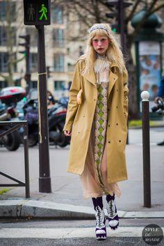 Petite Meller Street Style Street Fashion Streetsnaps by STYLEDUMONDE Street Style Fashion Photography