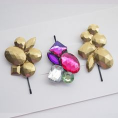 Whip these gem cluster hair pins up in under an hour - this easy tutorial will show you how.