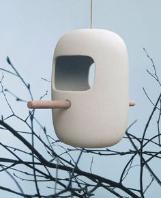 Birds Snack Bar by pennyvertone // bird feeder of white porcelain and natural wood