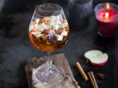 Winterlich cool: Apfel-Cidre-Sangria mit Amaretto