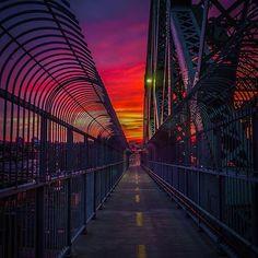 Pont Jacques-Cartier Bridge #mtl #mtlmoments #montreal photo par/by @edauwd
