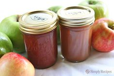 Homemade apple butter recipe, complete with step-by step instructions. Apple butter spiced with cinnamon, cloves, allspice, and lemon. Great on toast!