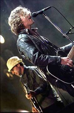 Eddie Vedder...Stone's obviously found one of Jeffs old hats