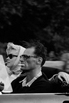 Paul Schutzer (LIFE magazine) - Marilyn Monroe - July 2, 1956 - with Arthur Miller and Milton Greene, on their way from New York City to Roxbury CT, Arthur's home - on the way they stop for fuel, hotdogs and Cokes