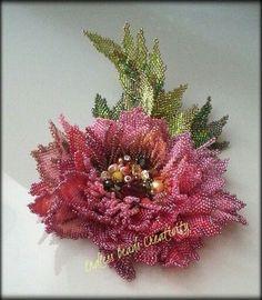 Wild Rose by Wnmo Beadwork Designs, Beaded Jewelry Designs, Bead Jewellery, Beading Projects, Beading Tutorials, Beading Patterns, Seed Bead Flowers, French Beaded Flowers, Beaded Brooch