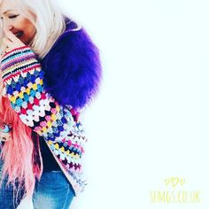 Well this is fun!  Google Photos just went ping and showed me that this is what I was making exactly 1 year ago today... I'd just finished the freeform Sugar Skull cardi and was dipping my toes into the world of Insta and blogging  Who else would like to share what they were making this time last year?? I'd love to see!!  Maybe you would like to share lovelies @homemadeatmyplace @meiguidesigns and @blithe_bliss? Only if you want to and have time of course no pressure at all         Guide to…