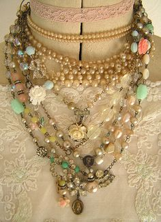 using old jewelry bits creatively, completely inspired by my friend Missy to do this . Old Jewelry, I Love Jewelry, Jewelry Art, Beaded Jewelry, Vintage Jewelry, Jewelry Accessories, Handmade Jewelry, Jewelry Design, Jewelry Making