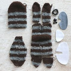 Sock Raccoon is a stuffed softie animal sewed from a pair of striped microfiber chenille socks. Sewing Stuffed Animals, Stuffed Animal Patterns, Sewing Patterns Free, Free Sewing, Sewing Labels, Monkey Pattern, Sock Crafts, Felt Crafts, Softie Pattern
