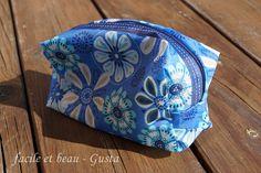 Regenschirmtäschchen / Zippered pouch made from umbrella / Upcycling