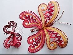 vlinder. Bobbin Lace Patterns, Bead Loom Patterns, Craft Patterns, Hairpin Lace Crochet, Form Crochet, Crochet Edgings, Crochet Motif, Crochet Shawl, Butterfly Drawing