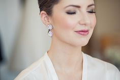 Elsa Corsi Jewellery on beautiful bride Angela - makeup Jasmine Hoffman timeless classic bridal party look, photo by Sachin Khona | via junebugweddings.com
