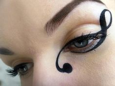 Creative Eyeliner   Super elegant eyeliner by Tereska H. on Beautylish. I totally want to try out this look.