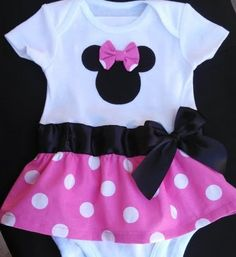 Minnie Mouse inspired baby girl outfit by killerkrafts on Etsy