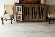The look of wood flooring gives any room the feel of luxurious comfort. Shop South Cypress today for our great selection of wood look tile & wood grain tile! Wood Grain Tile, Wood Look Tile, Bathroom Floor Tiles, Tile Floor, Painted Furniture, Diy Furniture, Carpet Squares, Plank Flooring, Flooring Ideas