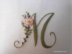 Elisabetta ricami a mano: Soffocata dai fiori Elizabeth Hand embroidery: Suffocated by flowers M - beautiful embroidery monogram ℳarina, Letter ℳ, Monogram Basic Embroidery Stitches, Hand Embroidery Flowers, Embroidery Alphabet, Embroidery Monogram, Silk Ribbon Embroidery, Hand Embroidery Patterns, Embroidery Techniques, Floral Embroidery, Cross Stitch Embroidery