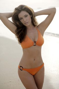 kelly brook - the perfect body in my book