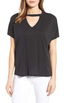 I would like to try a choker shirt like this, but can't show too much skin. Cutout Tshirt, Nordstrom Half Yearly Sale, Petite Women, Blue Fashion, Cute Tops, Work Wear, Fashion Online, Casual Outfits, Clothes For Women